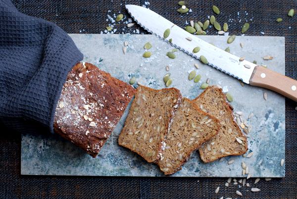 grovt glutenfritt bröd recept